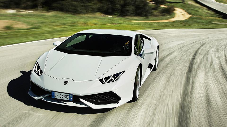 Дебют родстера Lamborghini Huracan сдвинули на полгода