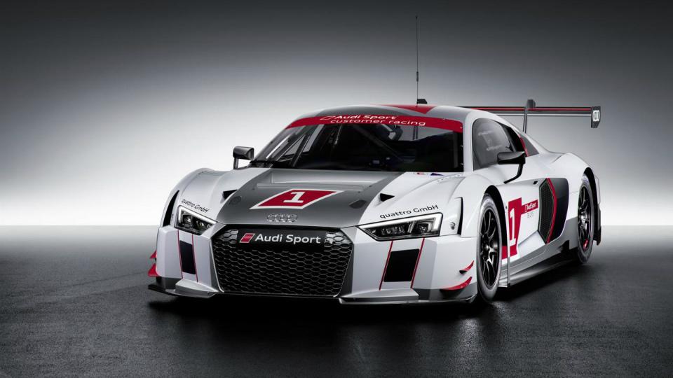 Немцы построят 45 гоночных суперкаров R8 LMS для частных команд