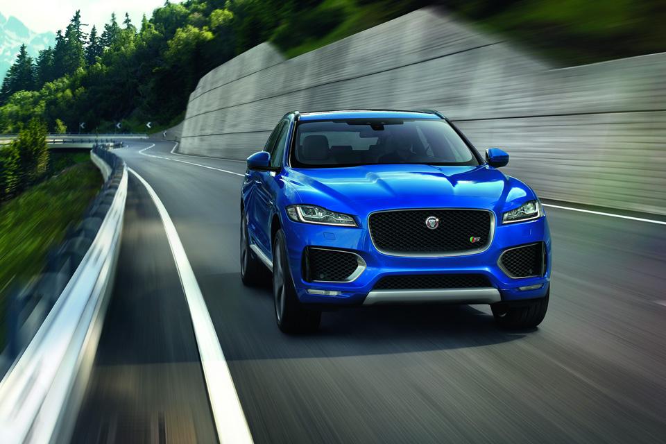 Все подробности о первом кроссовере Jaguar. Фото 3