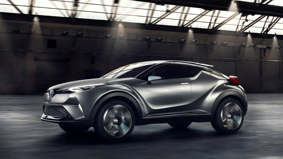 Toyota приблизила к серии конкурента Nissan Juke