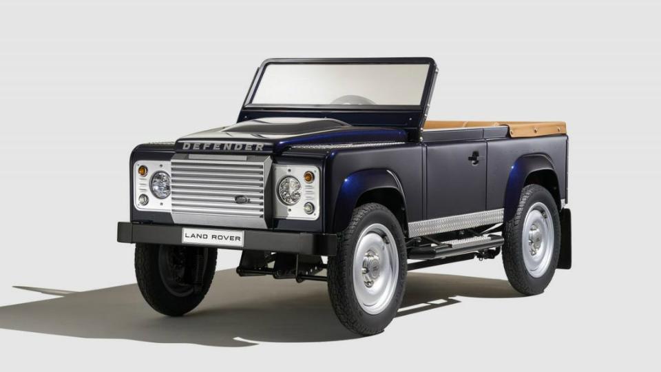 Land Rover создал педальный Defender