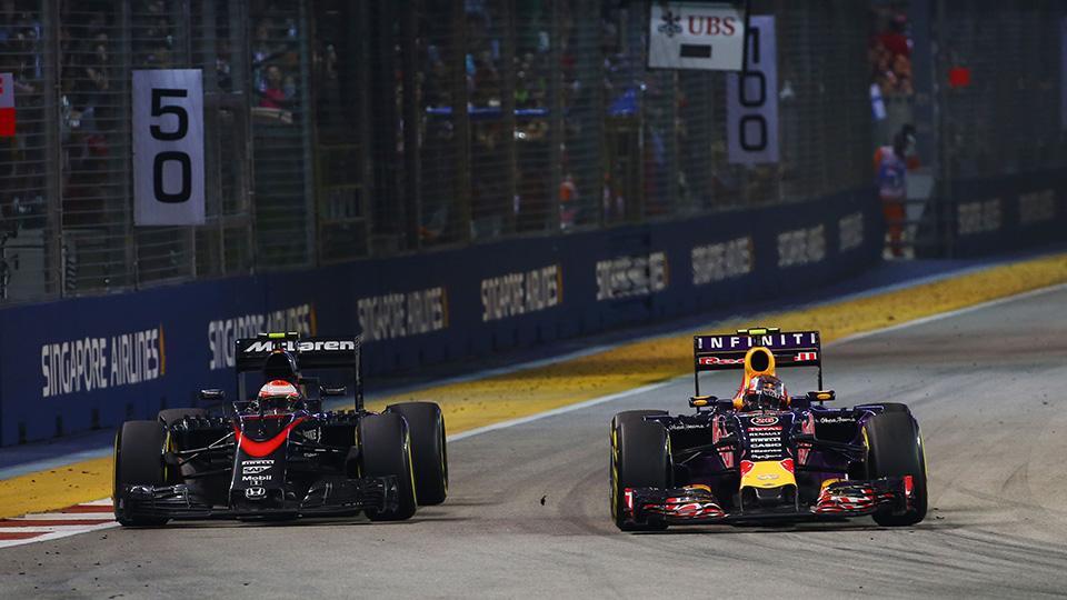 Себастьян Феттель в четвертый раз выиграл Гран-при Сингапура