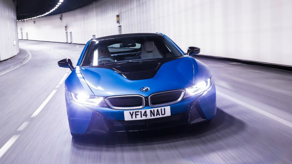 В BMW опровергли разработку суперкара совместно с McLaren
