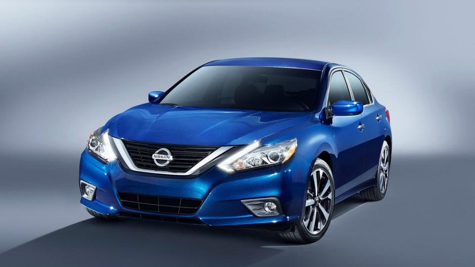 Nissan обновил американскую «Теану»