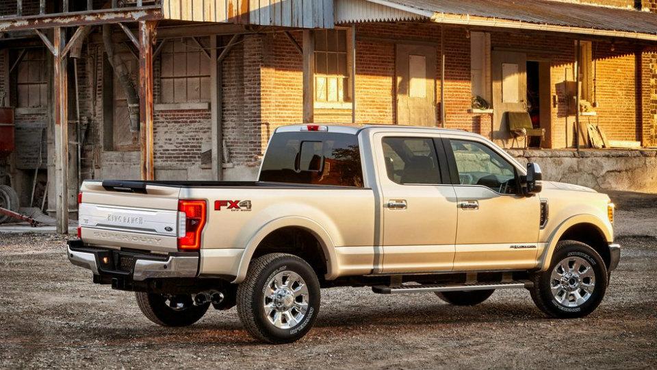 «Форд» представил семейство F-Series Super Duty нового поколения