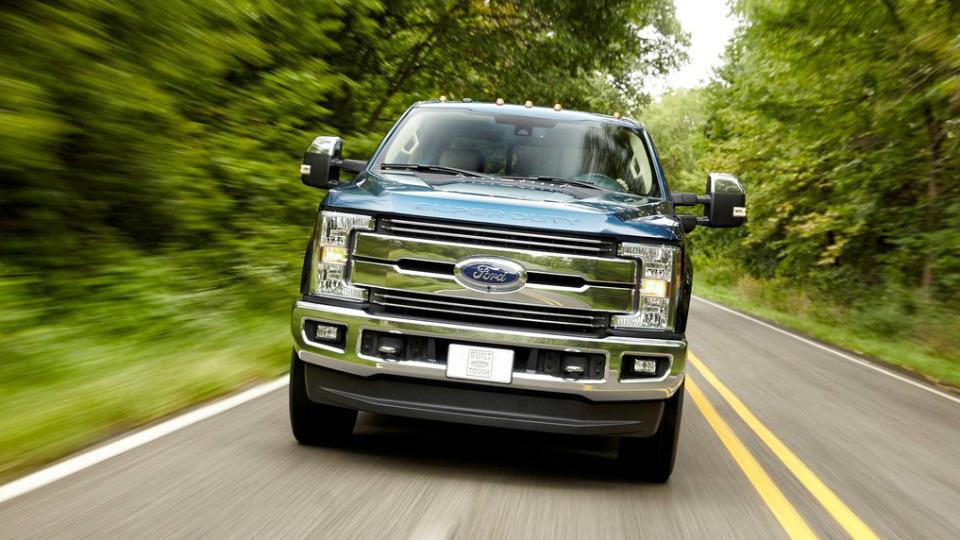 «Форд» представил семейство F-Series Super Duty нового поколения. Фото 3