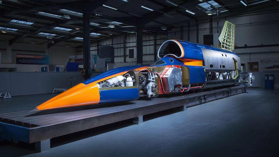 Финальная версия Bloodhound SSC разгонится до 1609 километров в час