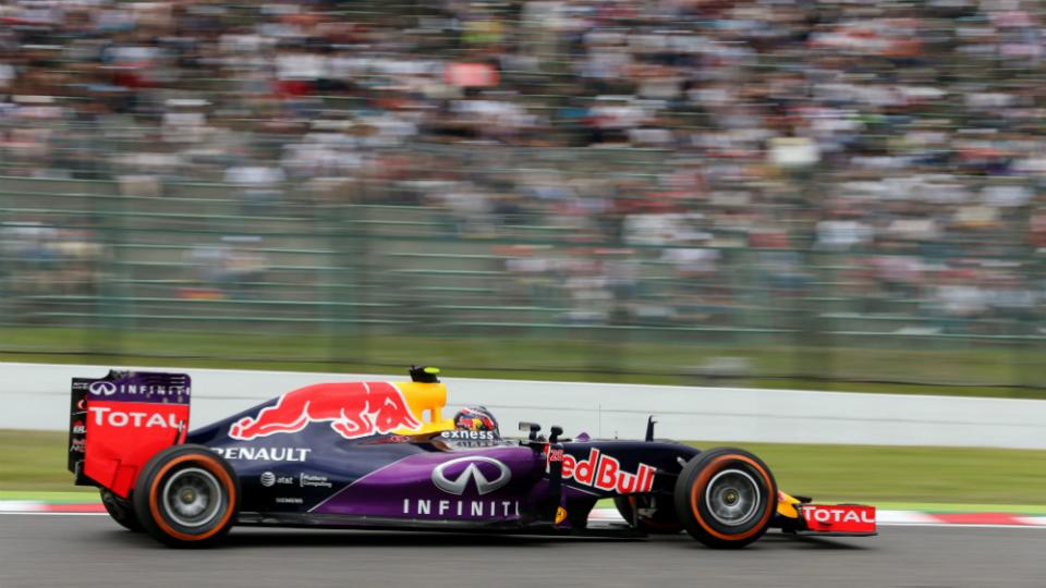 Квалификацию Гран-при Японии остановили из-за аварии Квята