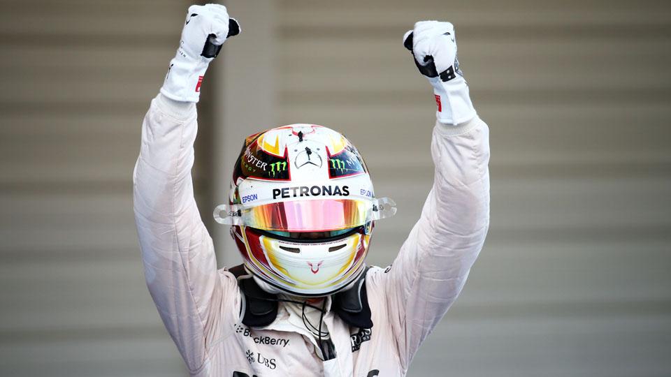 Хэмилтон сравнялся с Сенной по количеству побед в Формуле-1