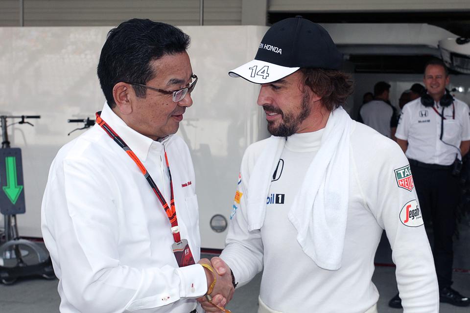 Очередной дубль Mercedes окончательно убил интригу в Формуле-1. Фото 4