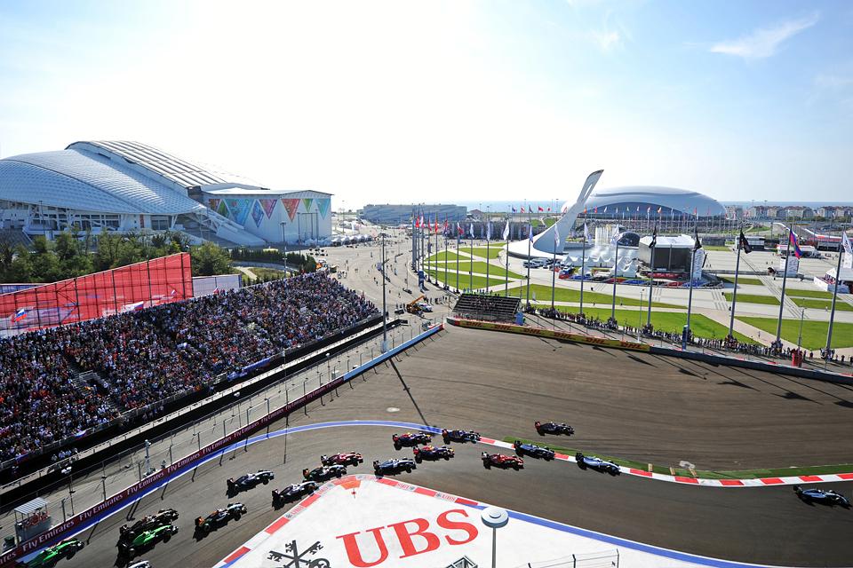 Очередной дубль Mercedes окончательно убил интригу в Формуле-1. Фото 11