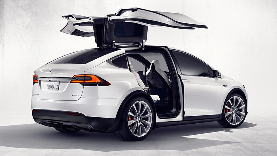 Кроссовер Tesla Model X представлен официально. Фото 2