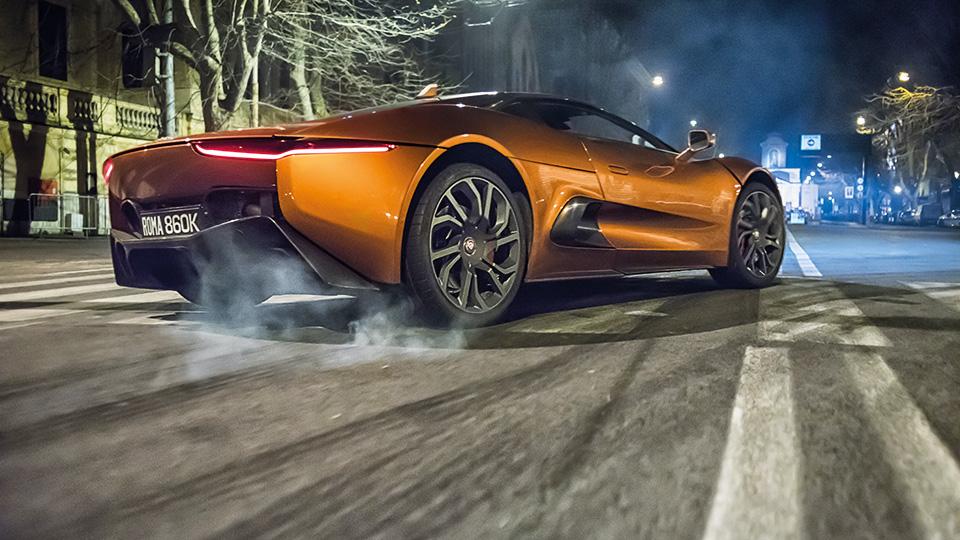 Машины новой серии «бондианы» обошлись в 37 миллионов долларов