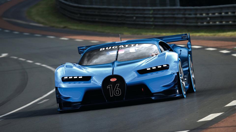 Преемника «Вейрона» сфотографировали в штаб-квартире Bugatti