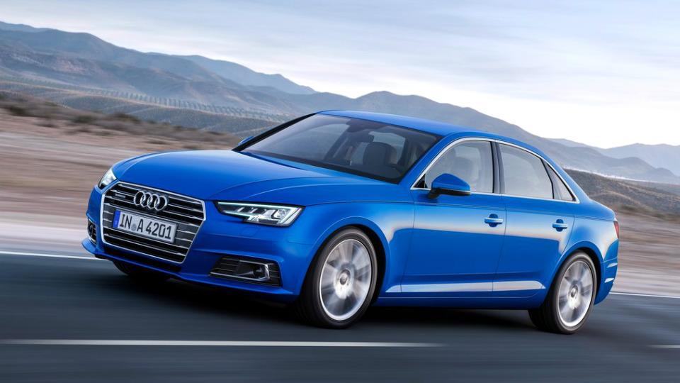 Объявлены российские цены Audi A4 нового поколения