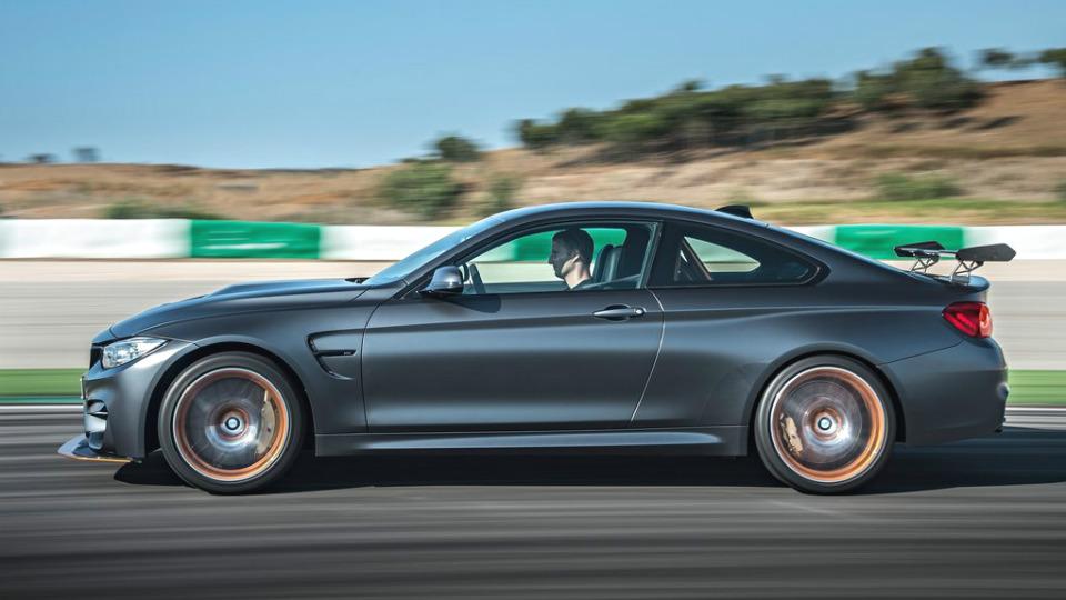 У купе BMW M4 появилась 500-сильная трековая модификация