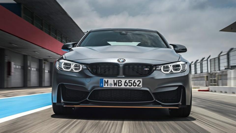 У купе BMW M4 появилась 500-сильная трековая модификация. Фото 2
