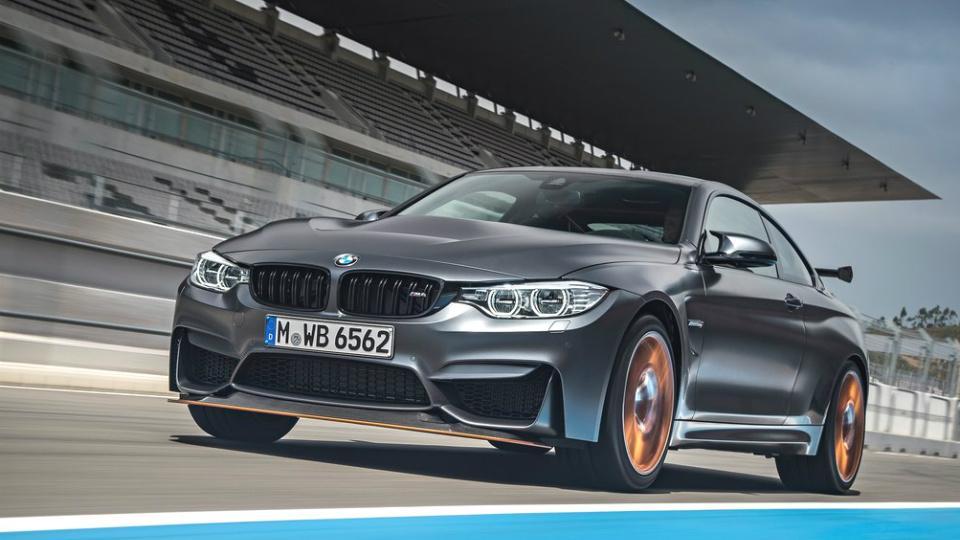 Представлен быстрейший серийный спорткар BMW