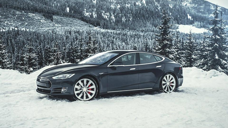 «Тесла» решила не обновлять седан Model S