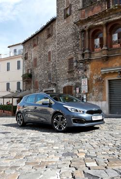 Проверяем обновленный Kia cee'd дорогами Италии