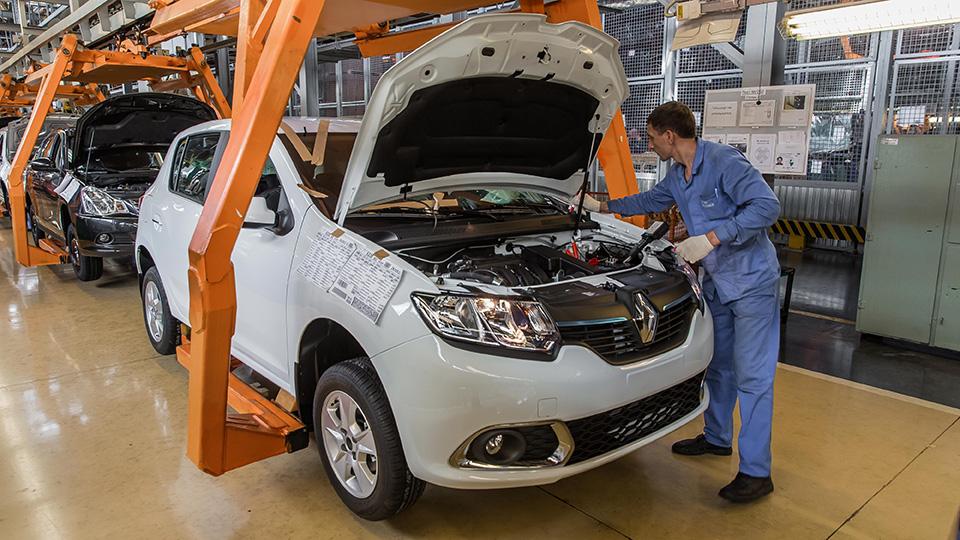 «АвтоВАЗ» приостановил выпуск машин Renault и Nissan