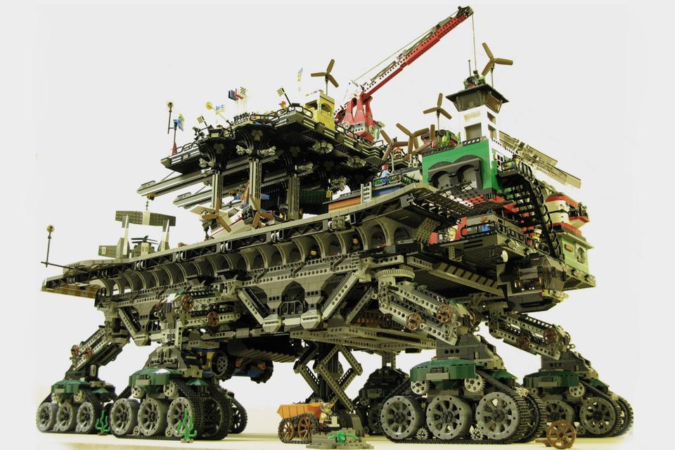Как взрослые развлекаются с кубиками Lego. Фото 3