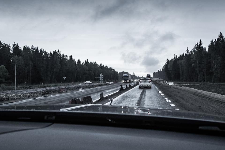 Из Питера в Москву на Rolls-Royce Wraith: вечная история на машине вне времени. Фото 19