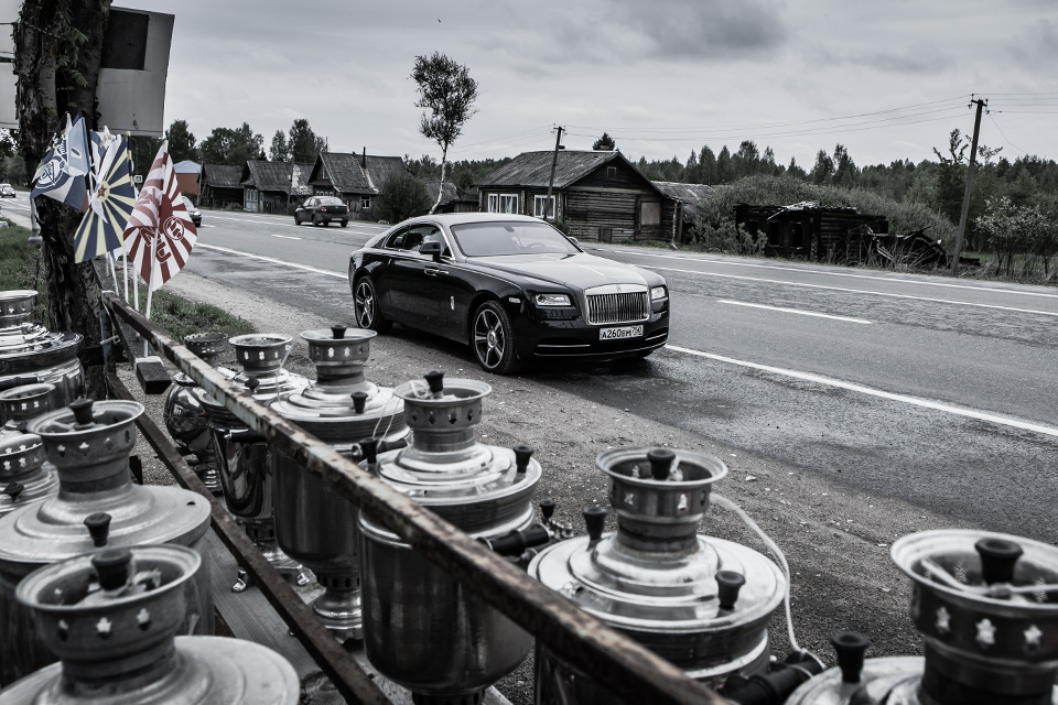 Из Питера в Москву на Rolls-Royce Wraith: вечная история на машине вне времени. Фото 18
