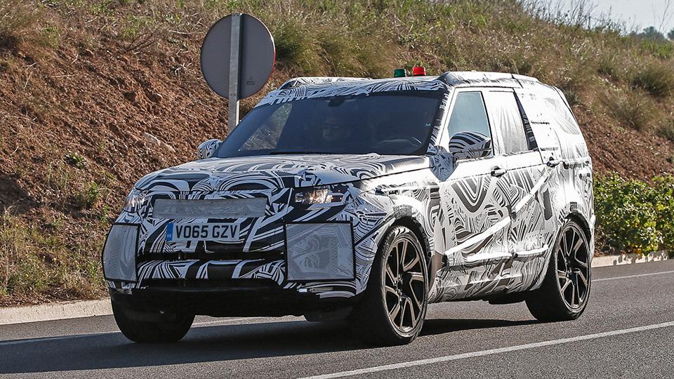 Шпионы впервые сфотографировали новый Land Rover Discovery