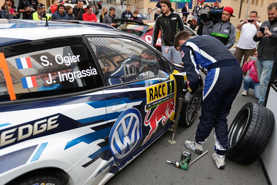 Андреас Миккельсен одержал первую победу в чемпионате мира по ралли. Фото 4