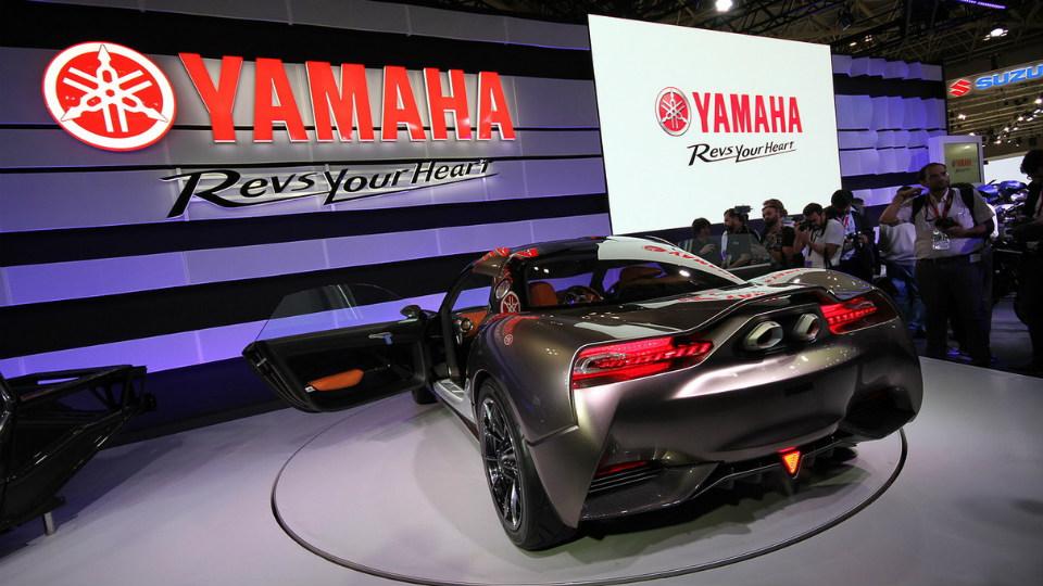 Японцы представили двухместное купе массой 750 килограммов. Фото 1