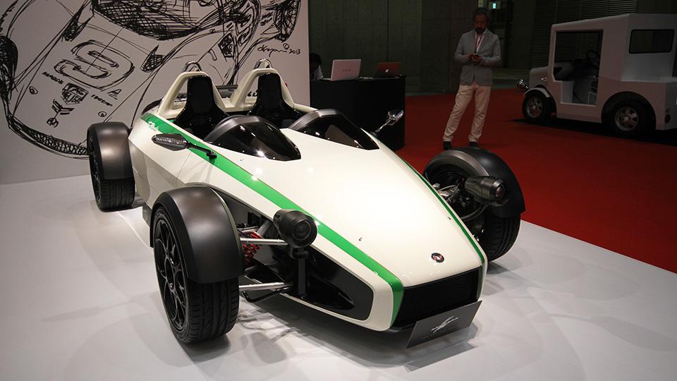 Кен Окуяма разработал три новые модели. Фото 2