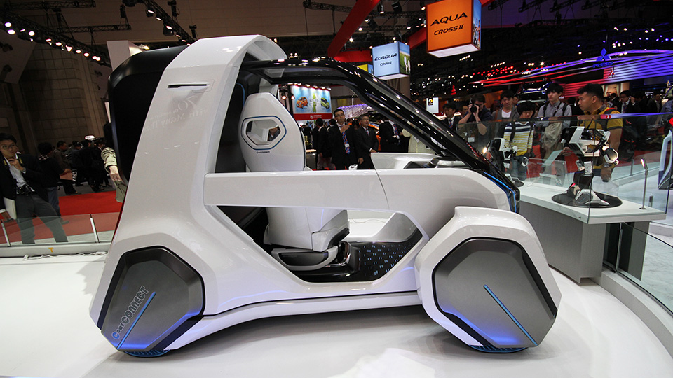 Аниме-художник придумал электромобиль-трансформер