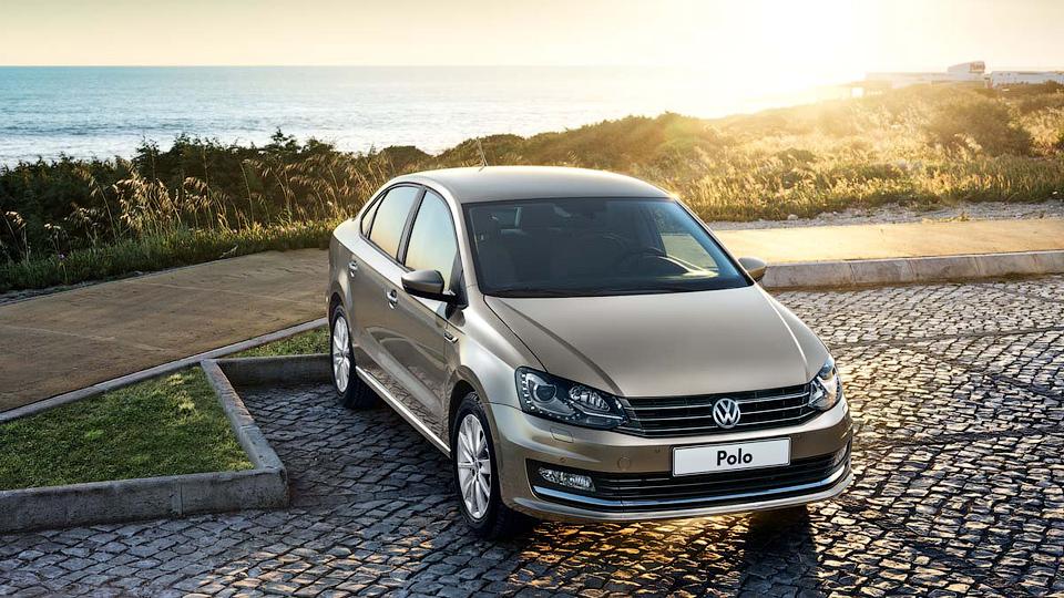 Седан Volkswagen Polo доработали и сделали мощнее
