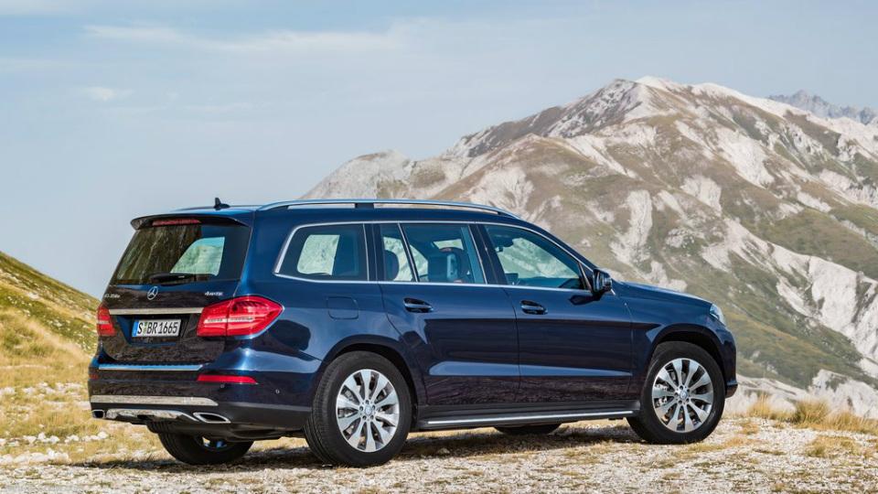 Внедорожник Mercedes-Benz GLS получил более мощные моторы