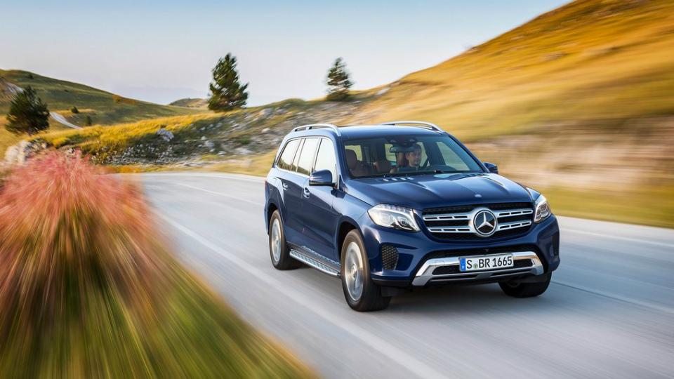 Внедорожник Mercedes-Benz GLS получил более мощные моторы . Фото 1