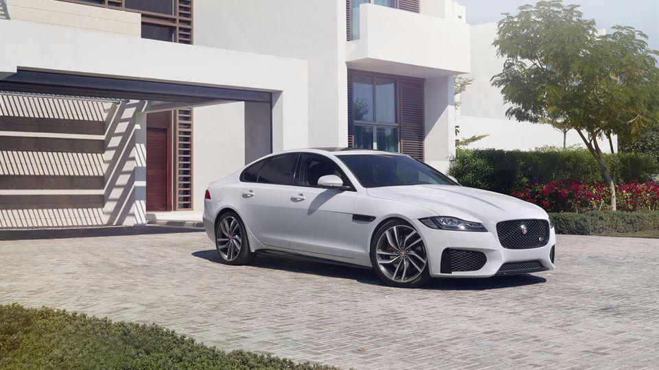 Jaguar XF нового поколения оценили в 2,5 миллиона рублей