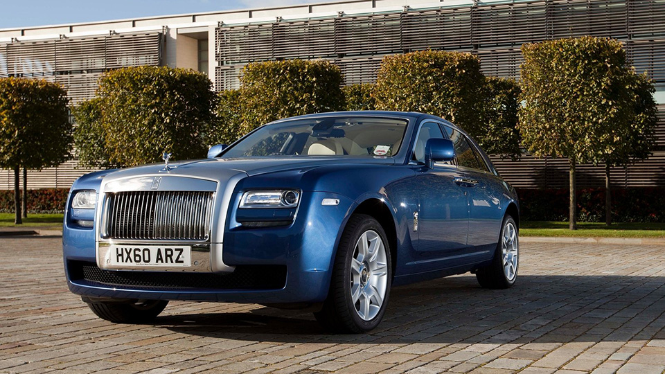 Rolls-Royce отзовет один седан Ghost