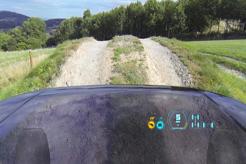Как автопроизводители смешивают реальное с виртуальным. Фото 5
