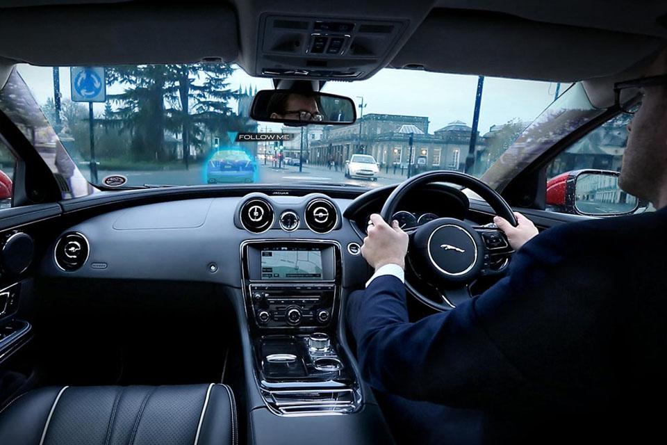 Как автопроизводители смешивают реальное с виртуальным. Фото 6