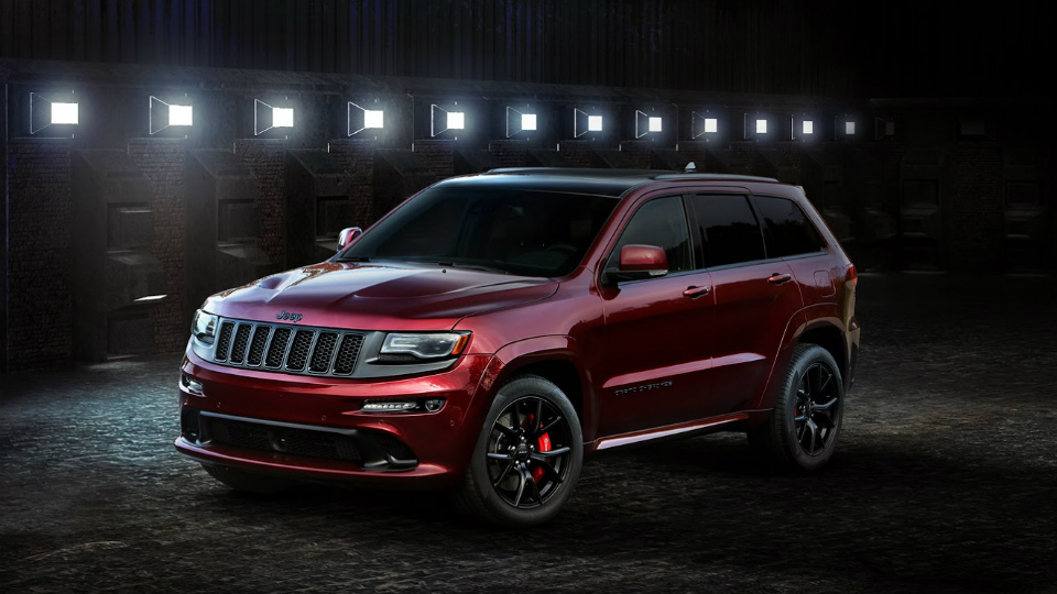 Jeep выпустил «ночной» Grand Cherokee SRT и «дикий» Wrangler