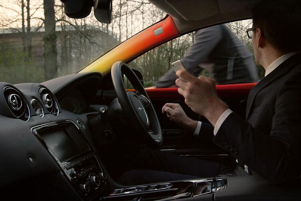 Интересные способы взаимодействия человека и автомобиля. Фото 10