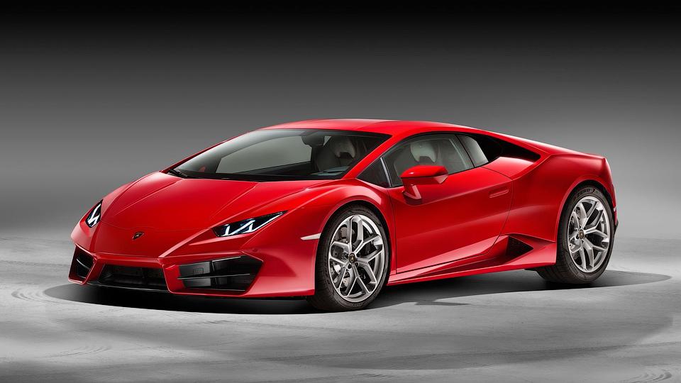 Lamborghini Huracan лишился полного привода