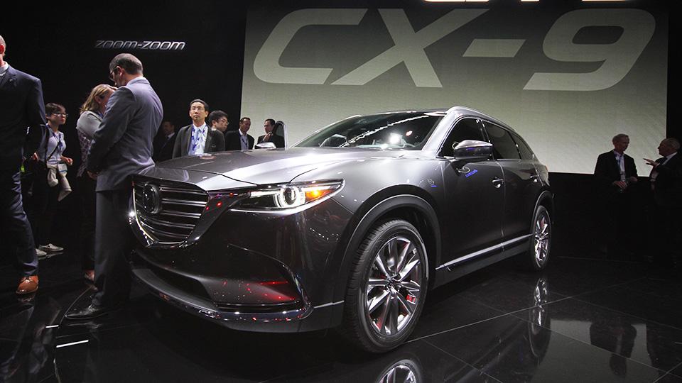 Кроссовер Mazda CX-9 получил турбомотор