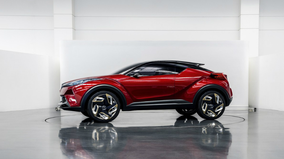Товарный кроссовер американского бренда «Тойоты» появится в 2017 году
