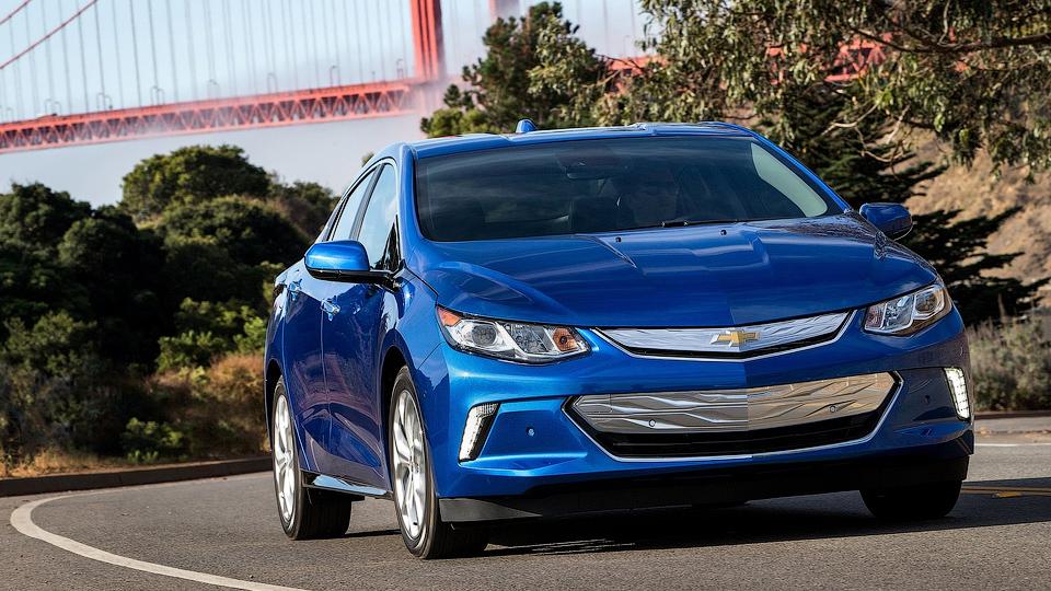 Гибрид Chevrolet Volt выбрали «Зеленым автомобилем года»