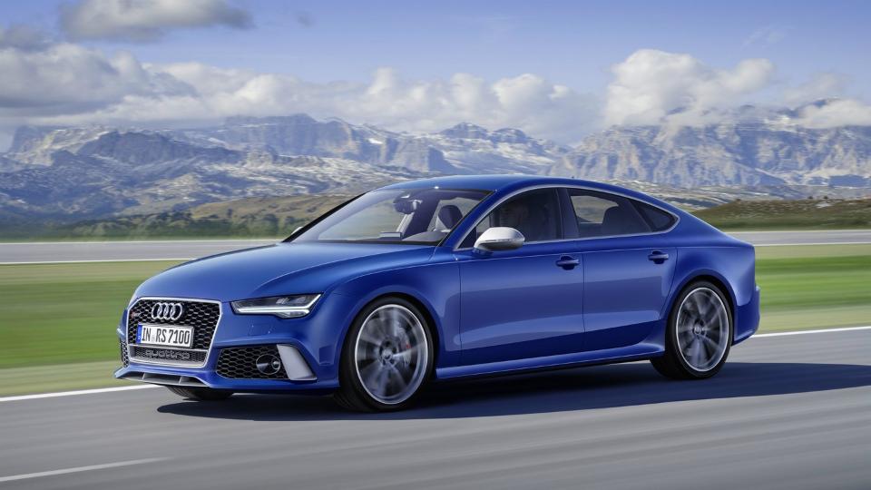 Audi назвала рублевые цены на самые мощные версии RS6 и RS7