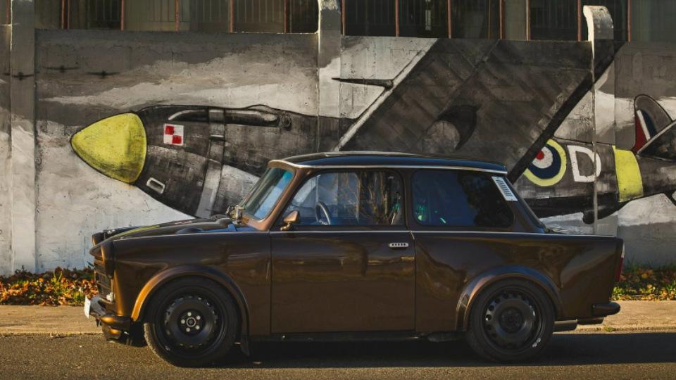 Двухцилиндровый 0,6-литровый мотор заменили «турбочетверкой» от Audi TT. Фото 1