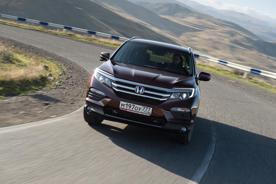 Прежде чем уйти с российского рынка, «Хонда» выкатила новый Pilot. Фото 4