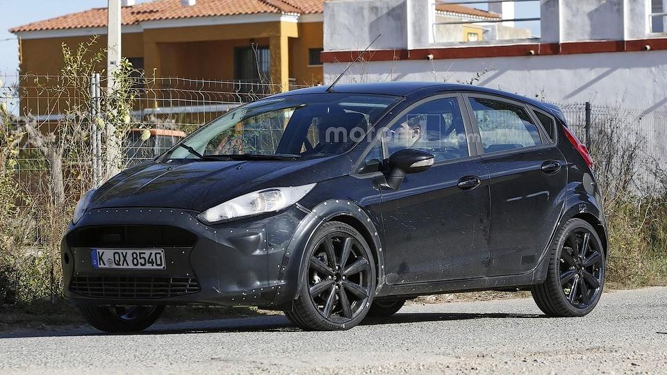 Шпионы сфотографировали RS-версию Ford Fiesta
